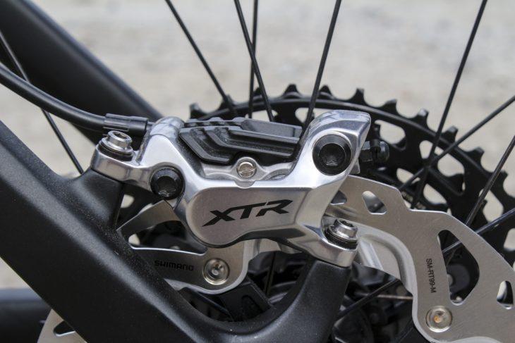 shimano xtr m9100 1x12 4-piston brake