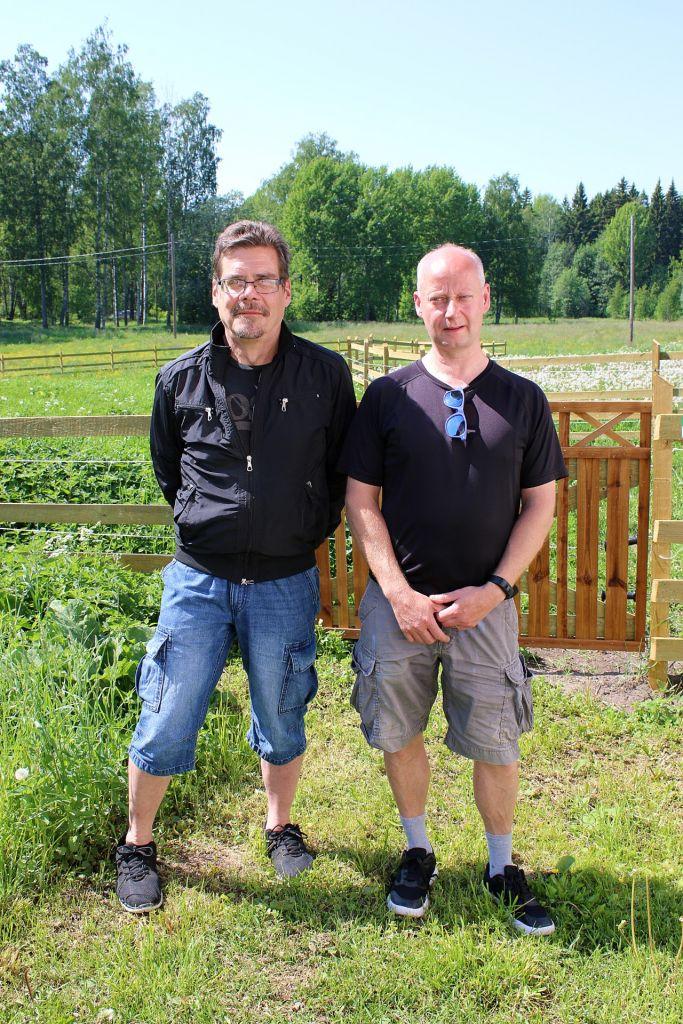 Risto Iso-Lotila ja Timo Virolainen Skatan tilalla