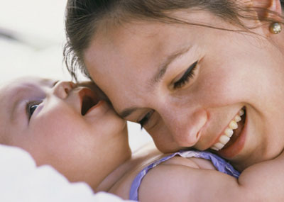 Gambar Kebahagiaan Memiliki Bayi Lucu Menggemaskan Gambar Bergerak