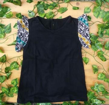 Bela Tshirt Black image