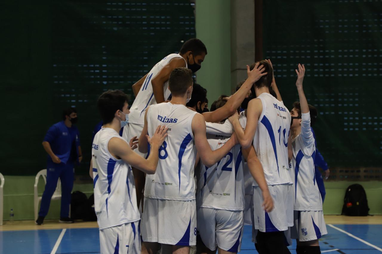 Time sub-17 venceu o Olympico Club por 3 sets a 0 (Foto: Lara Pereira/MTC)