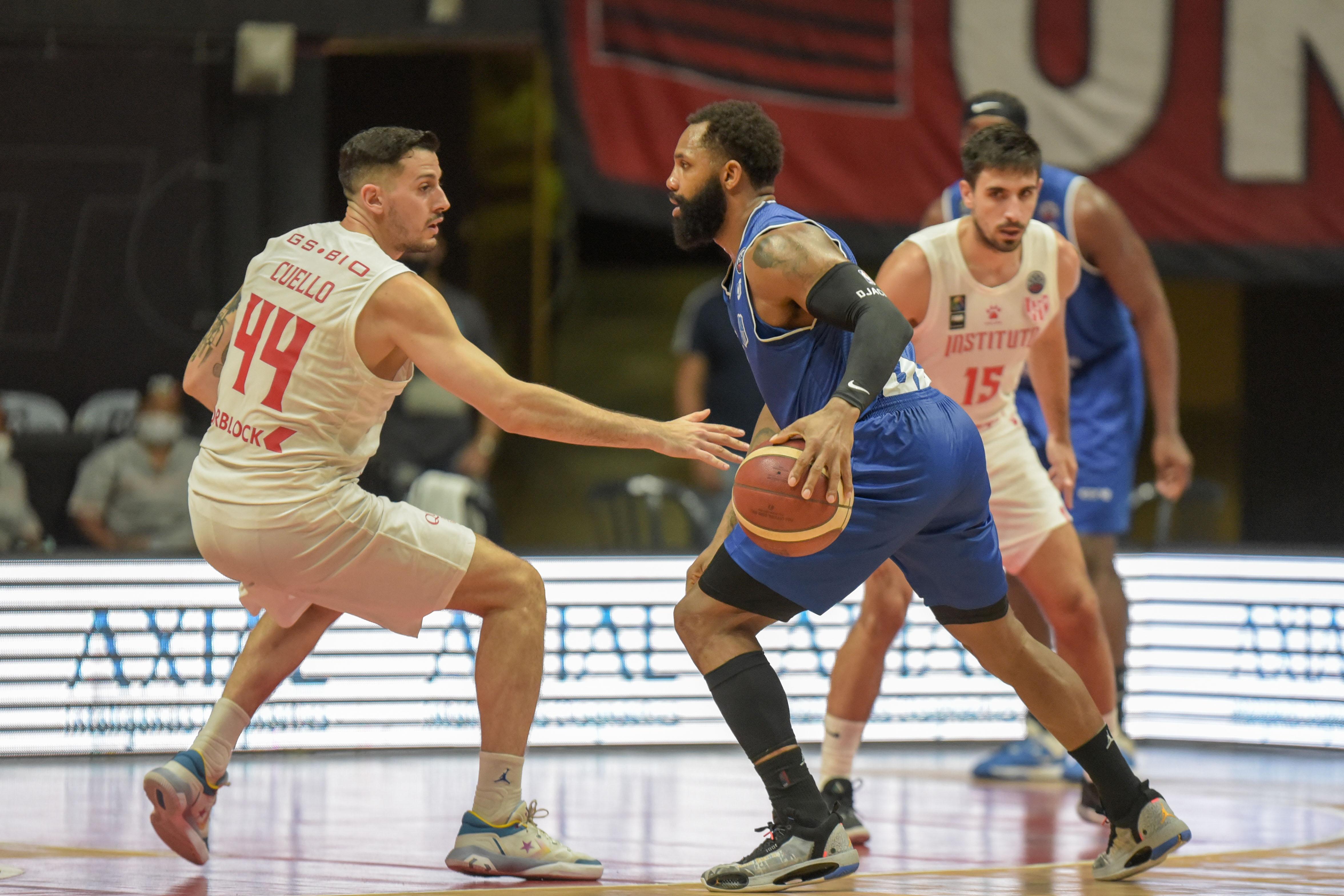 David Jackson desconcertou a defesa argentina e foi o grande nome do jogo (Foto: Divulgação/FIBA)