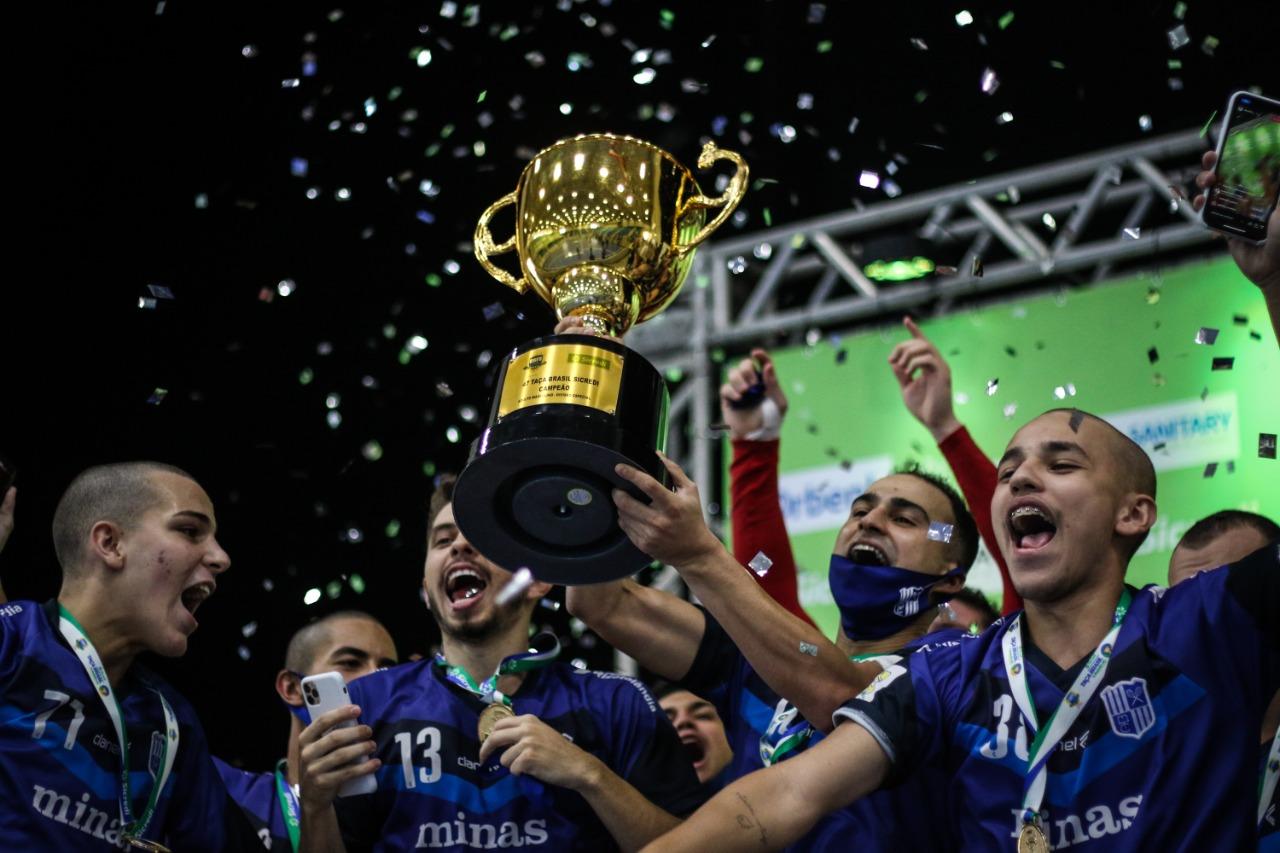 Minas é campeão das edições 2002, 2012 e 2020 da Taça Brasil (Foto: Leonardo Hübbe)