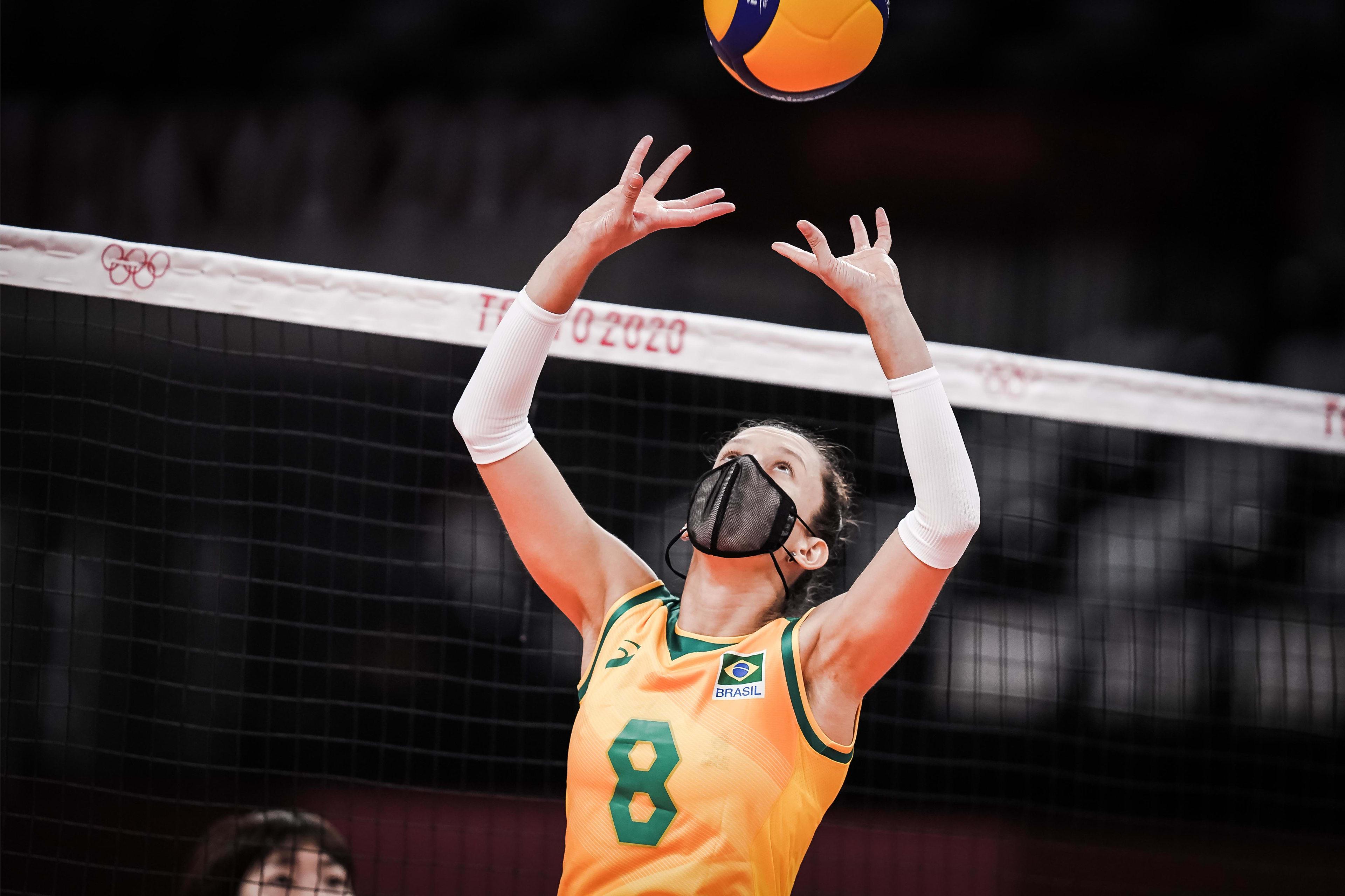 Levantadora do Minas superou lesão em Tóquio (Foto: Divulgação/FIVB)