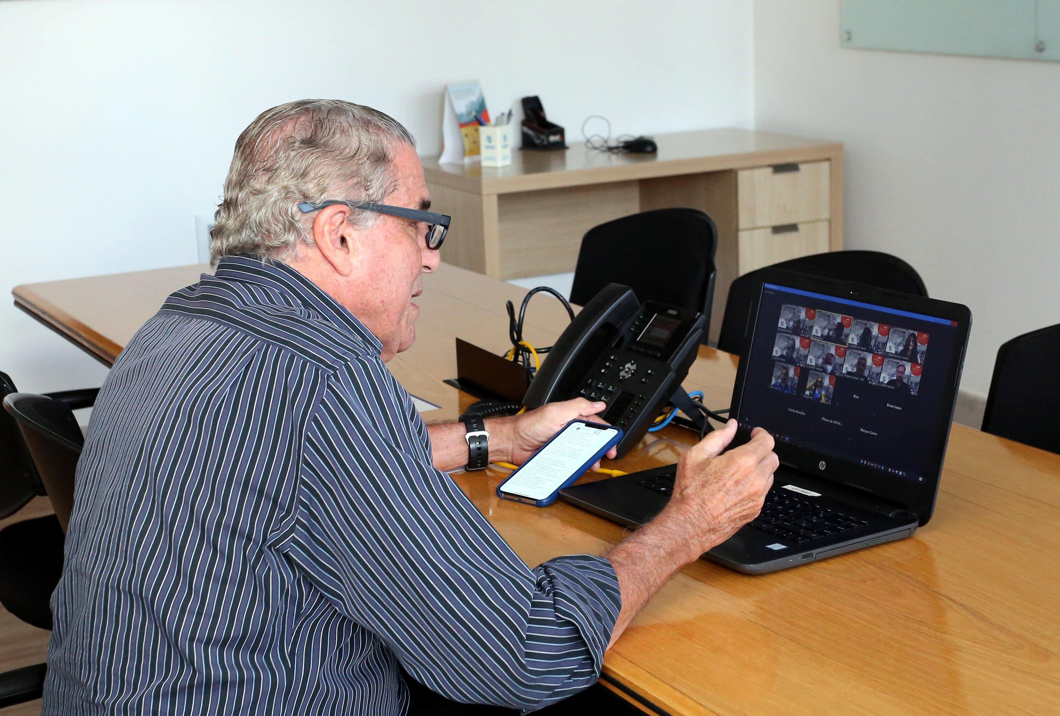 Sérgio Botrel, diretor de Negócios e Marketing do Minas, também esteve na renovação da parceria entre Minas e ArcelorMittal. Foto: Orlando Bento