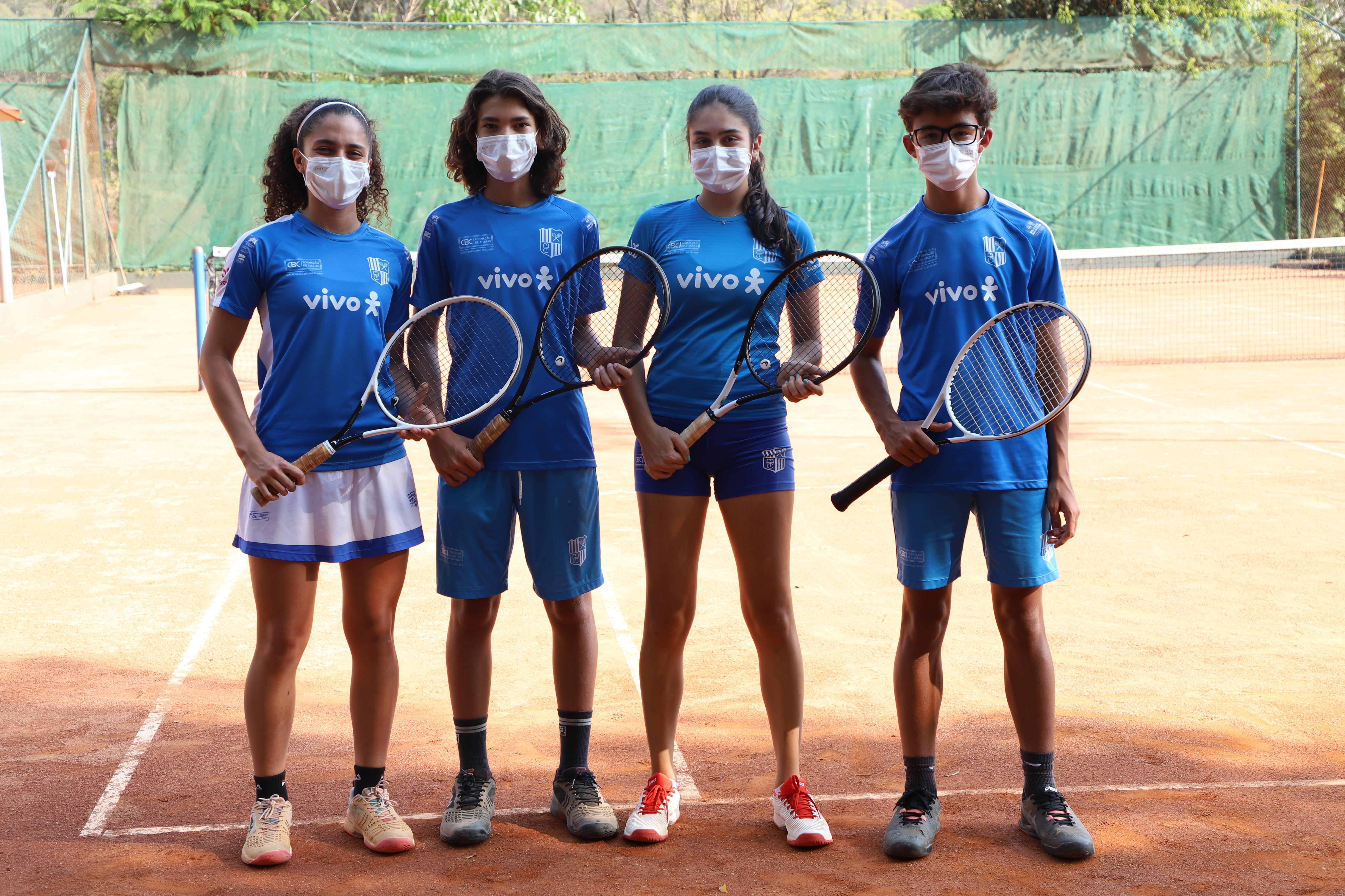 Minastenistas garantiram medalhas em Serra Negra (SP) (Foto: Minas Tênis Clube/Orlando Bento)