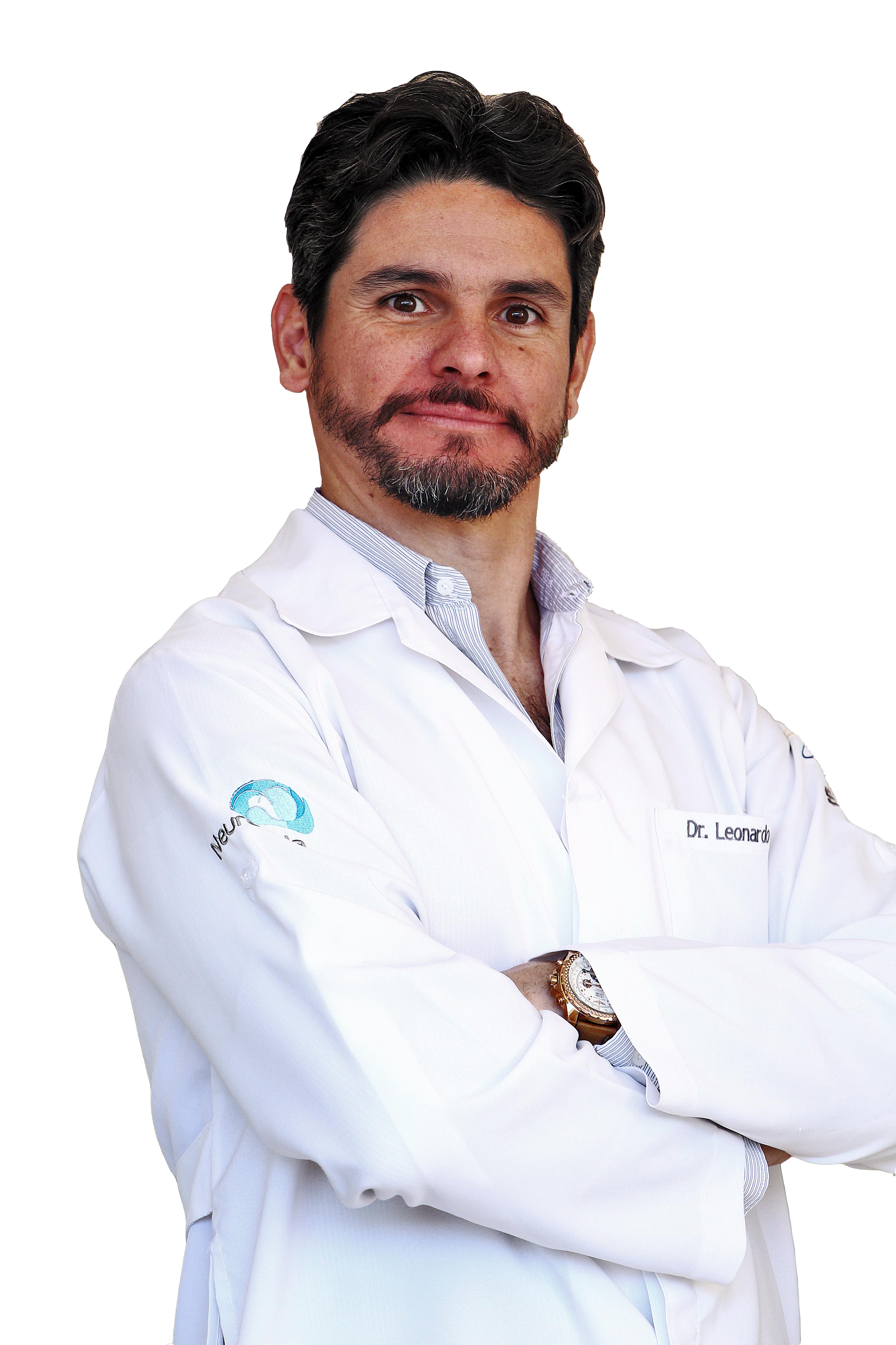 O neurocirurgião Lenardo Gomes de Carvalho entende que as saúdes física e emocional devem ser cuidadas juntas. Foto: Arquivo pessoalas ju