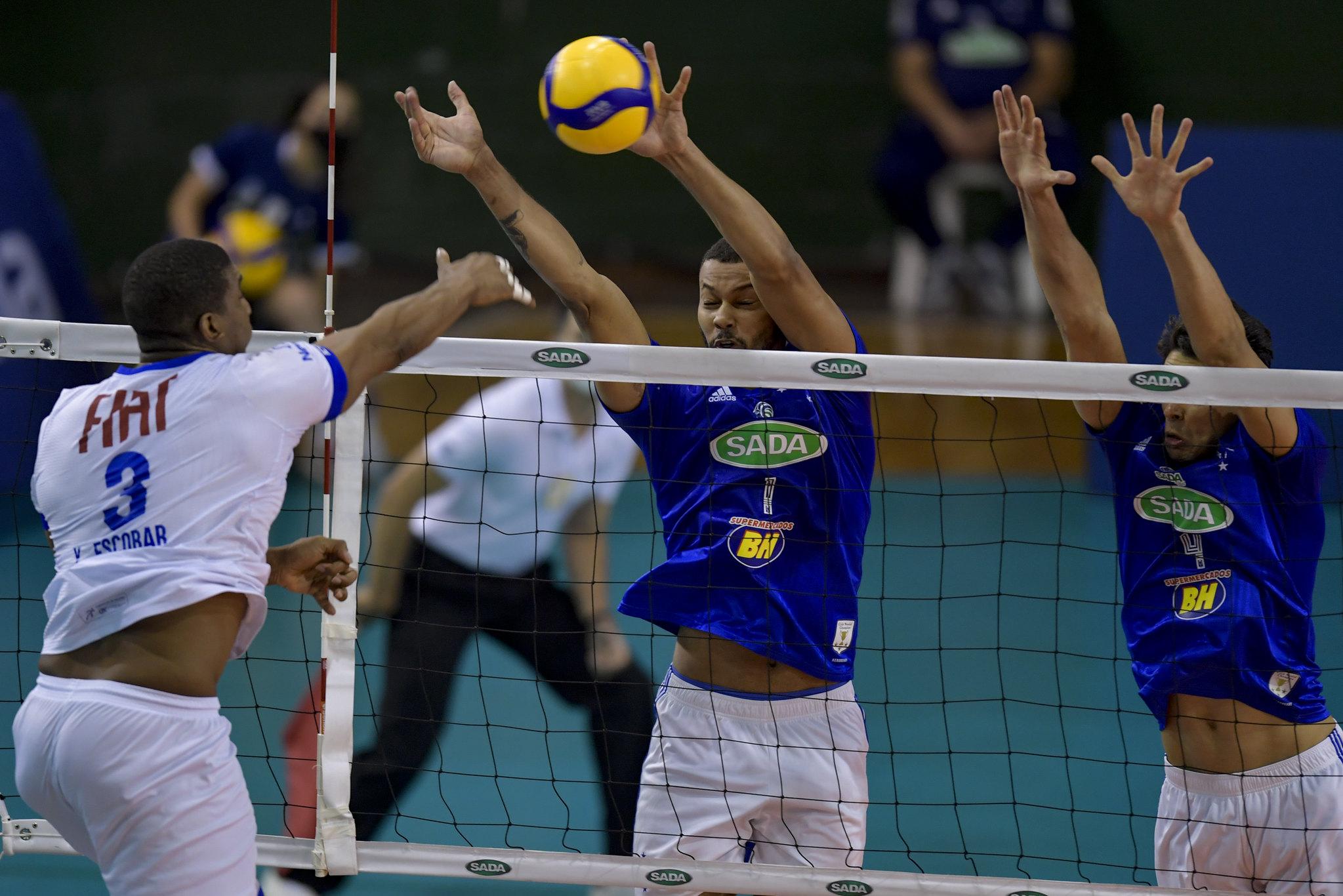 Cubano Escobar foi o destaque do Fiat/Minas e marcou 13 pontos no jogo (Foto: Agência i7/Sada Cruzeiro)