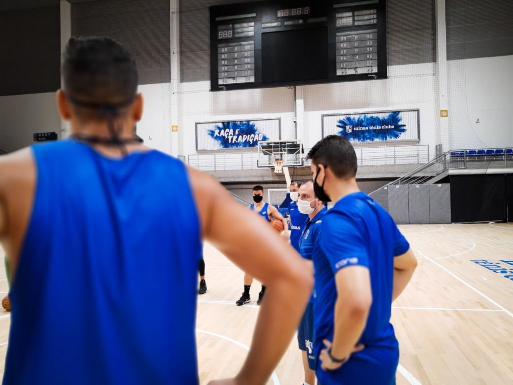 Equipe Minas Storm retornou ao treinos na manha dessa sexta-feira, na Arena MTC (Foto: Divulgação/MTC)