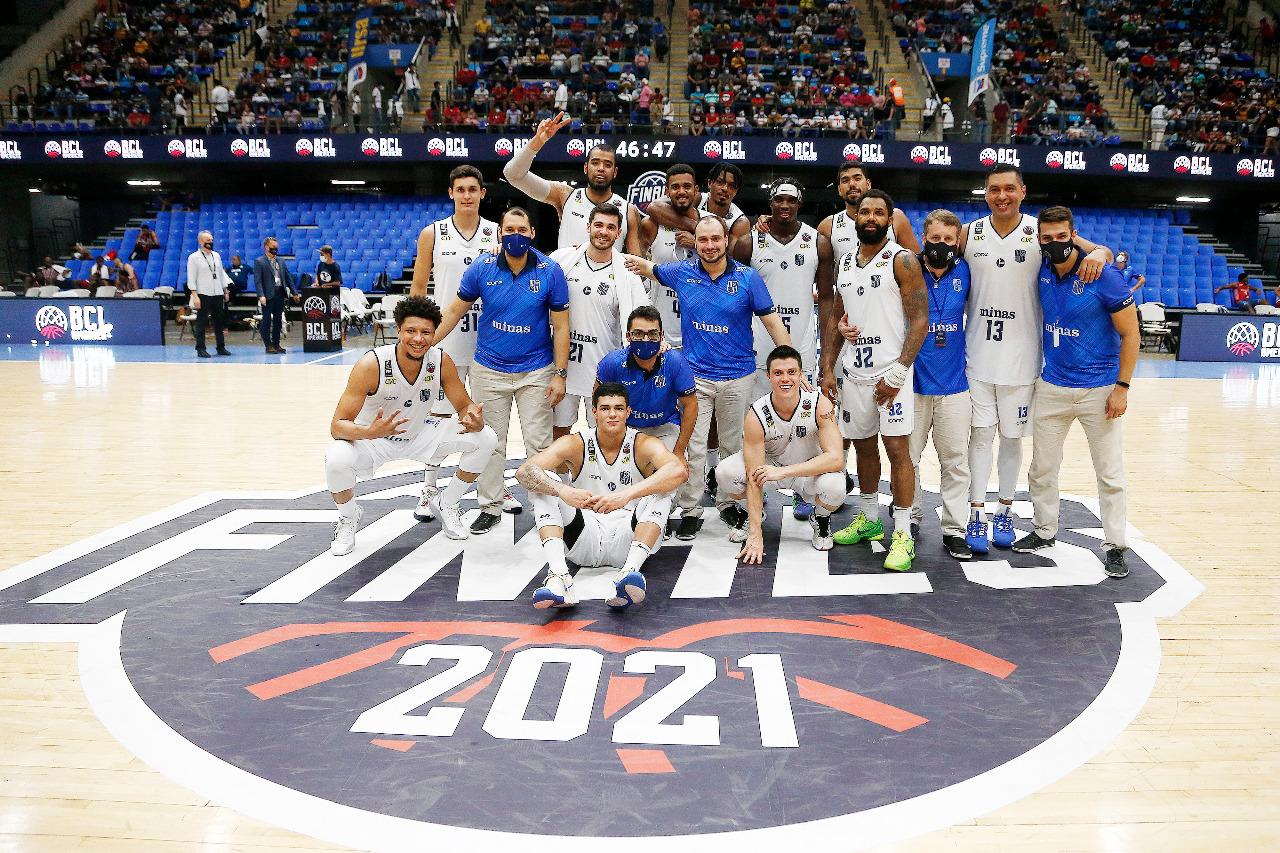Equipe Minas Storm fecha a BCLA entre as três potências do continente (Foto: Gaspar Nóbrega/FIBA)