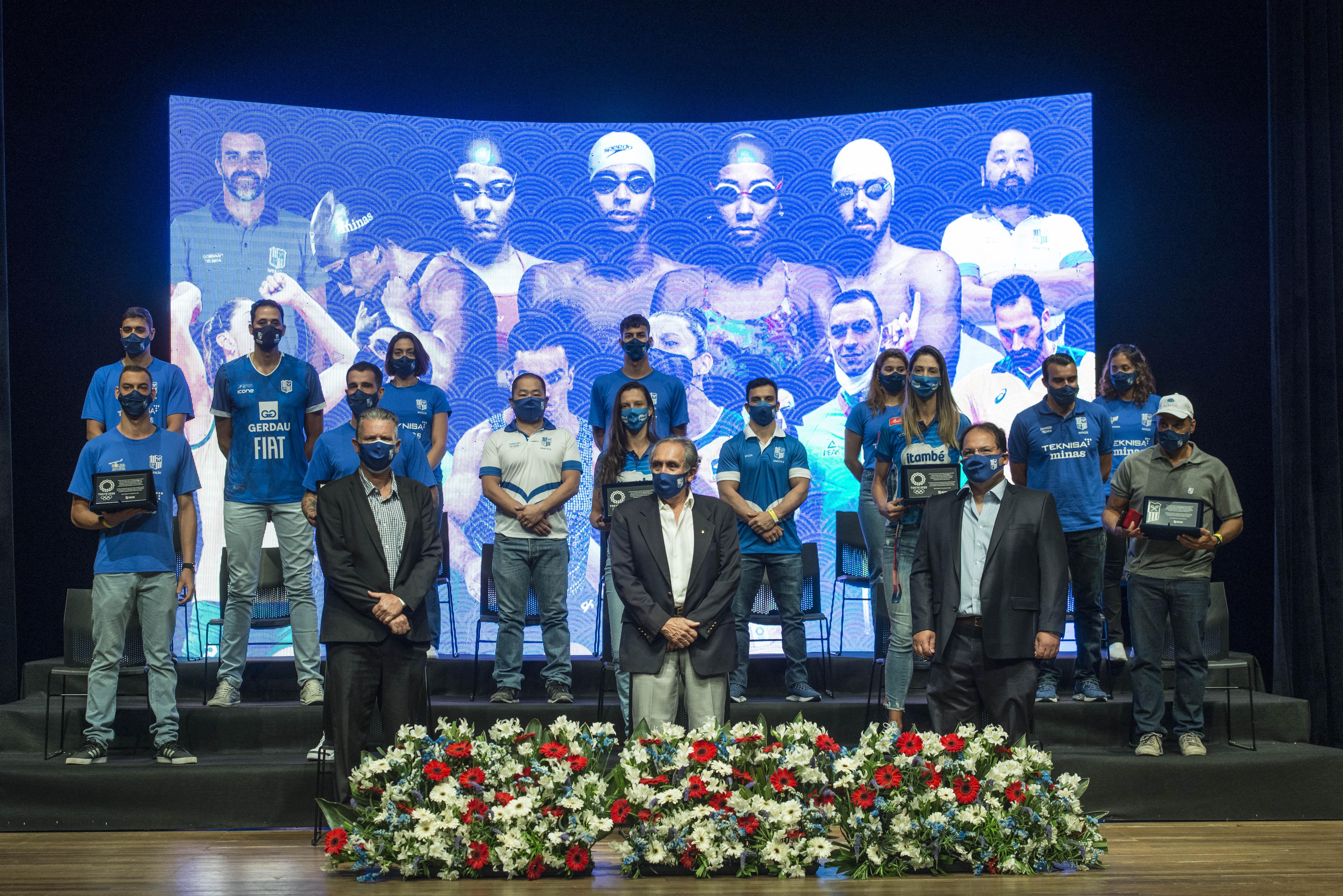 Diretoria do Minas homenageia atletas e treinadores que participaram dos Jogos de Tóquio