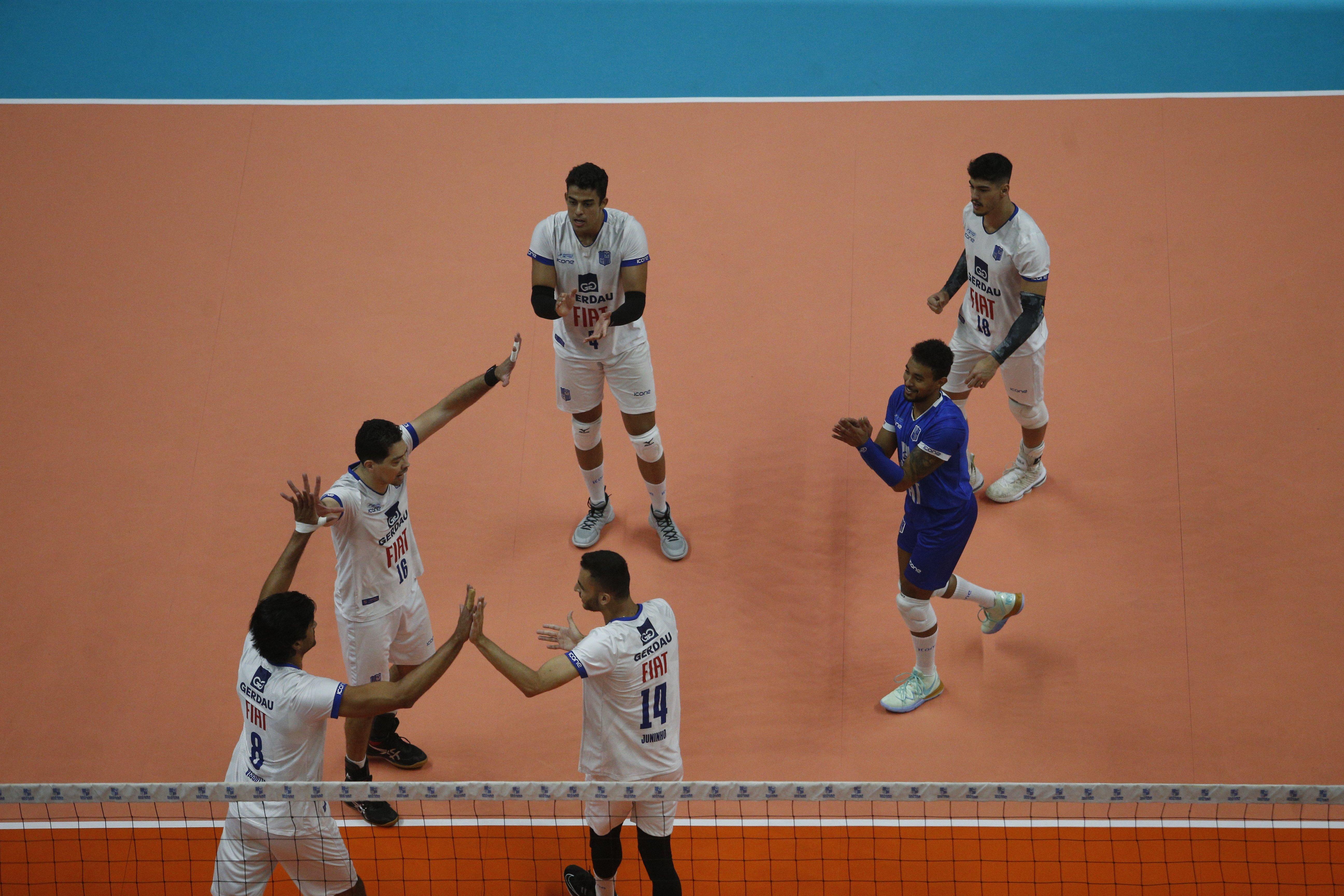 Paredão Azul abre semifinal diante do MOC América, no Ginásio do Riacho (Foto: Orlando Bento/MTC)