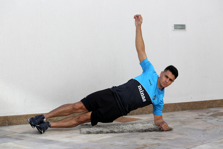 Goleiro da equipe de futsal, Anderson faz os treinamentos online com os colegas de equipe (Foto: Divulgação MTC)