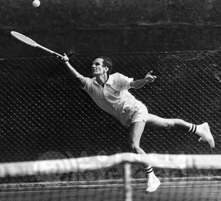 Jorge Paulo Lemann em ação como tenista profissional