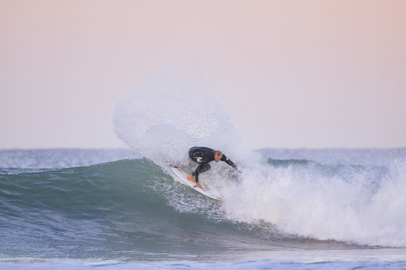 Enjoy unrivalled freedom with the Rip Curl E-bomb E6 super stretch wetsuit
