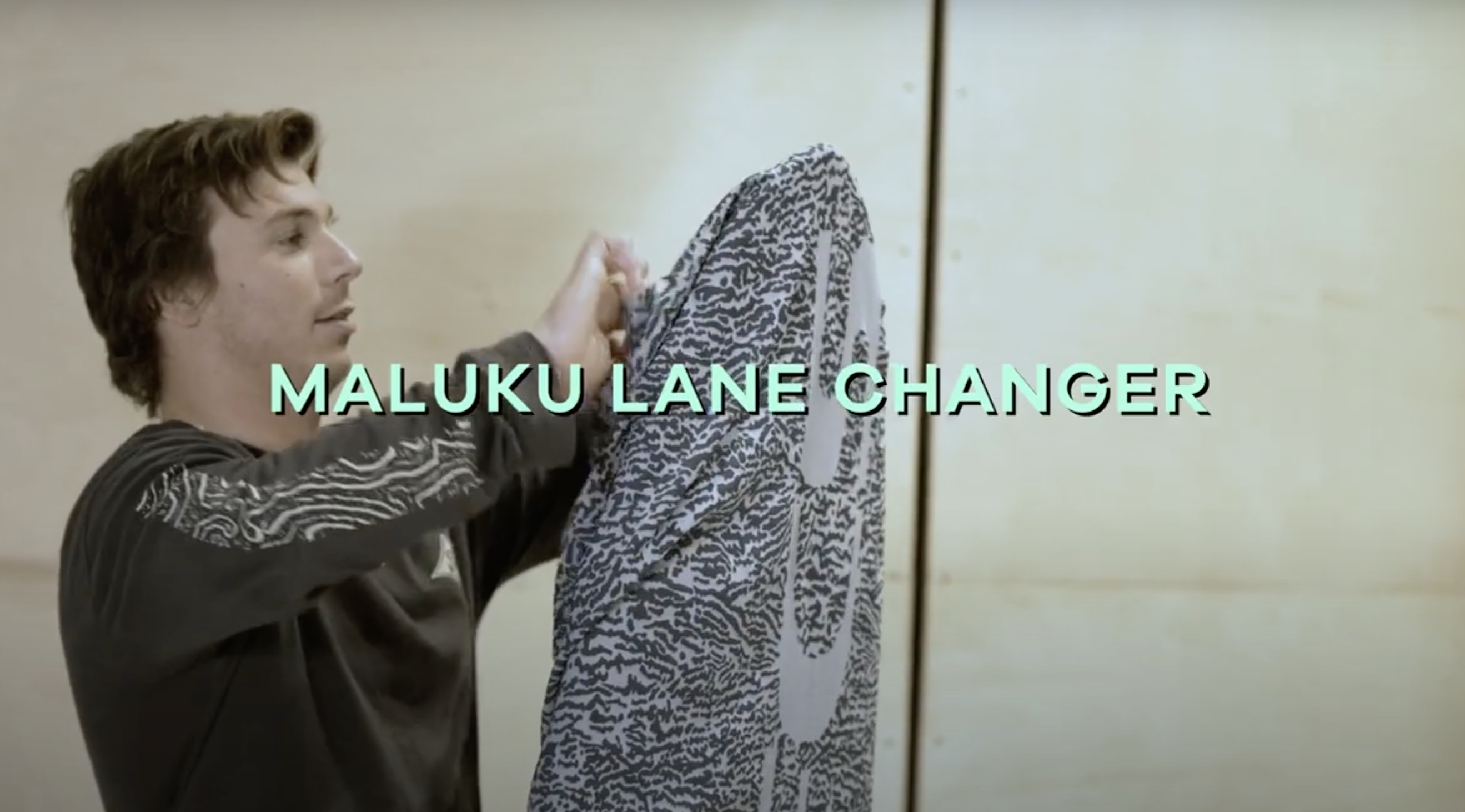 Maluku Lane Changer Surfboard Review | The Test Tub