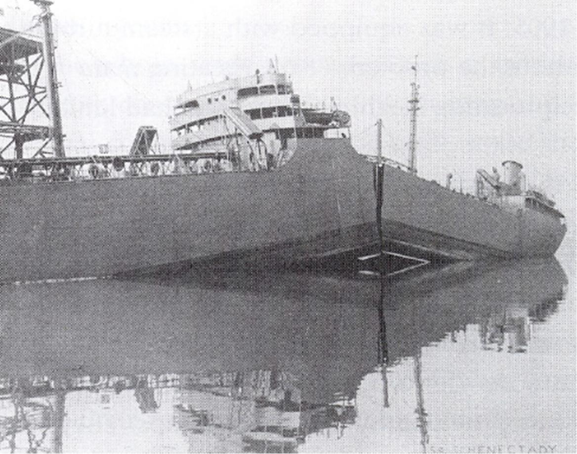 Navio da classe Liberty fraturado