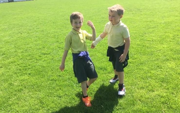 P1 enjoy their sponsored walk: having a break at Brewster park