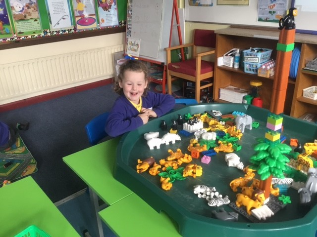 Mrs McMenamin's P1 class: enjoying play