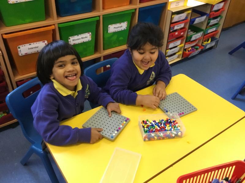 Mrs Fee's P1 class: fun with beads