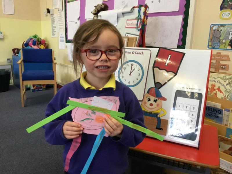 Mrs Fee's P1 class: making and sticking