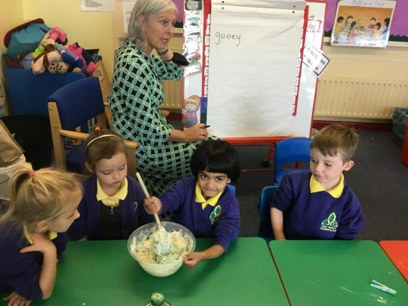 Mrs Fee's P1 class:baking