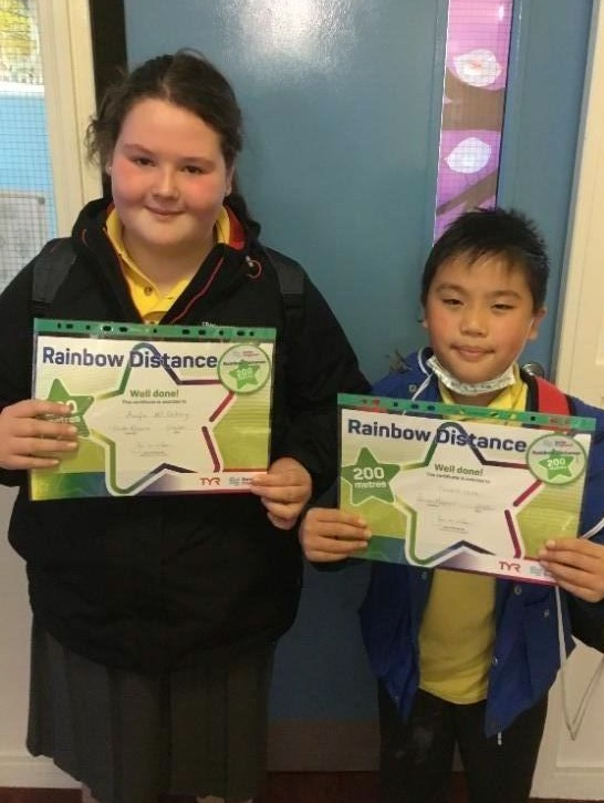 Congratulations to Aoife and Tommy from P6 who received their 200m badges at swimming this week.