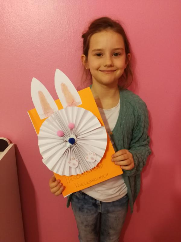 Anna from Mrs McGovern and Mrs Fee's class made this piece of Easter art. We think it is beautiful Anna. Well done