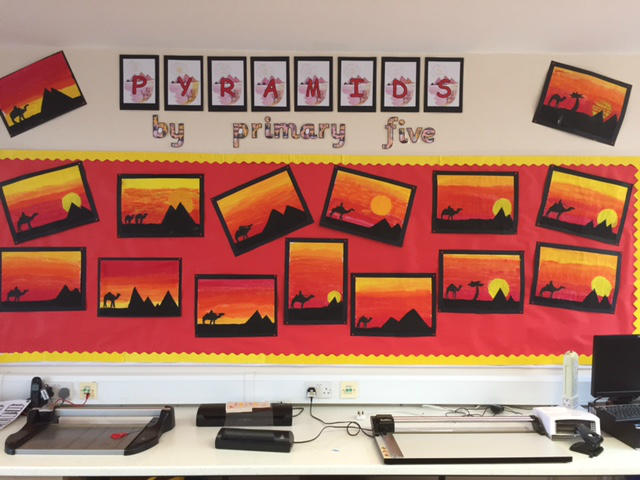 P5's Egyptian Art Display