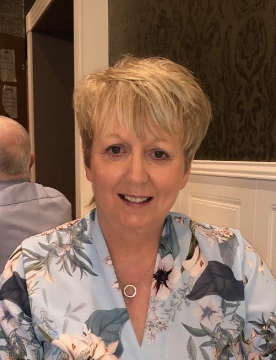 Mrs L Charleton