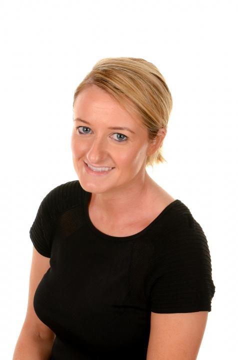 Miss Oonagh Gribbin