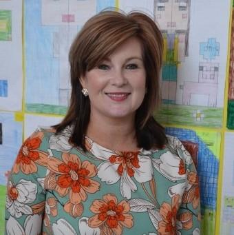 Mrs L. McCaul