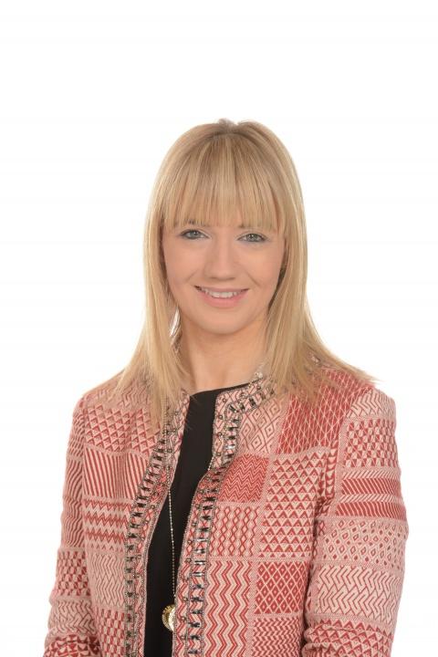 Mrs Mairead Cunningham