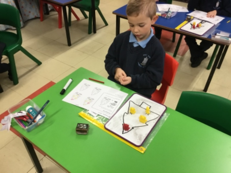 Christmas maths investigation.