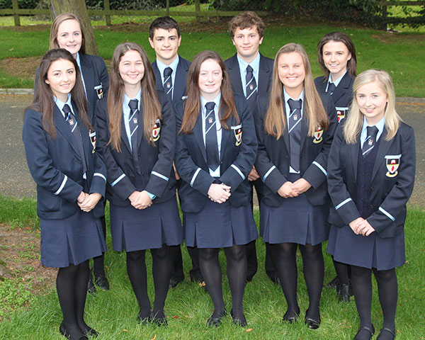 Pupils who achieved full marks (220/220) in their year 12 T6 module.