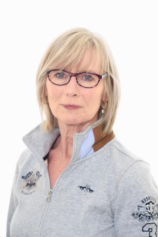 Mrs Joan Campbell