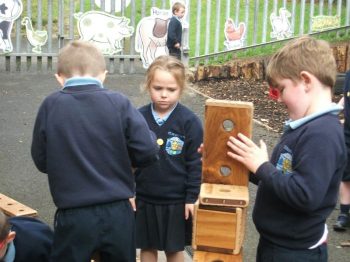 Mrs Duffy's class enjoying time in our new outdoor area
