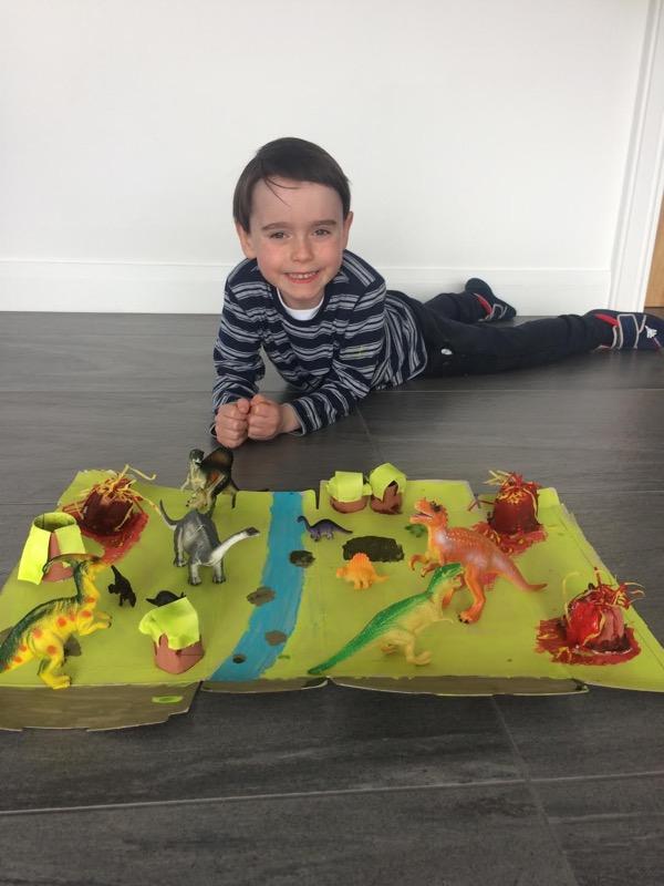 Ethan's dinosaur project 🦕 🦖🦕🦖🦕🦖🦕🦖🦕
