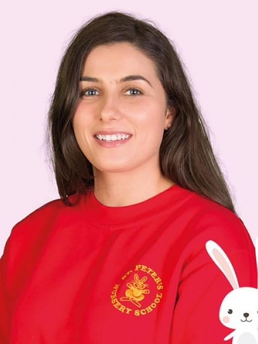 Miss Dneni