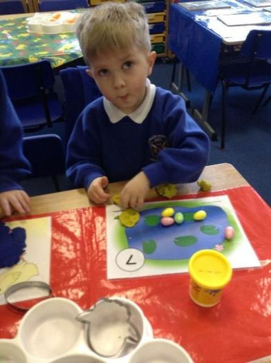 Making imprints with eggs