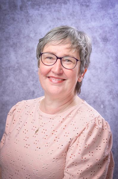 Mrs J Wade