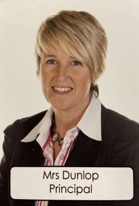 Mrs Gillian Dunlop
