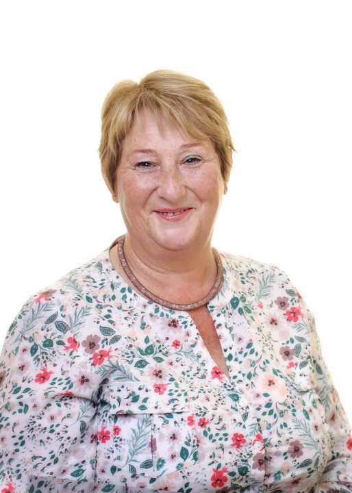 Mrs Louise Rowe, NNEB, NVQ3   Nursery Assistant