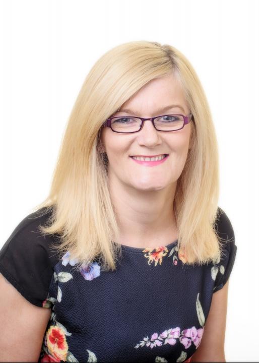 Mrs Sharon Grimley, NVQ3    Nursery Assistant