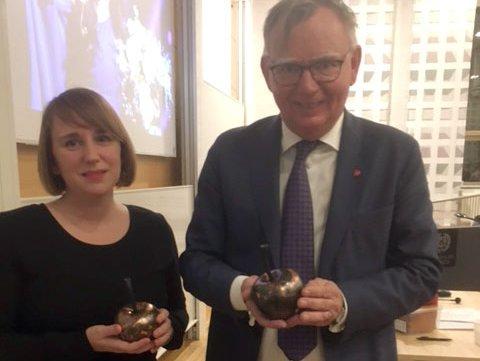 Akademiledamöterna Hanna Fahl och Lars Bäckström