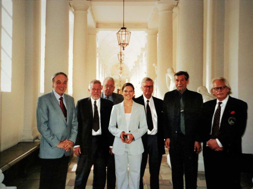 Ledamöter i Skaraborgs Akademi besöker kronprinsessan Victoria