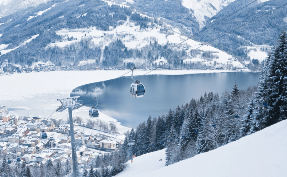 Gondola over the slopes and lake of Zell am See