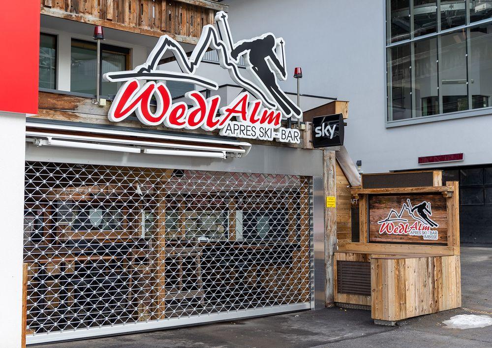 closed austrian apres ski bar due to coronavirus