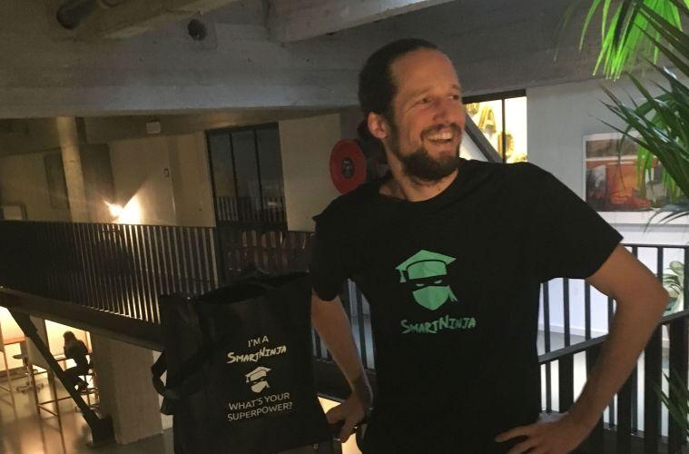 """Antwerps IT-bedrijf SmartNinja speelt in op enorme vraag: """"We leren studenten gratis programmeren!"""""""