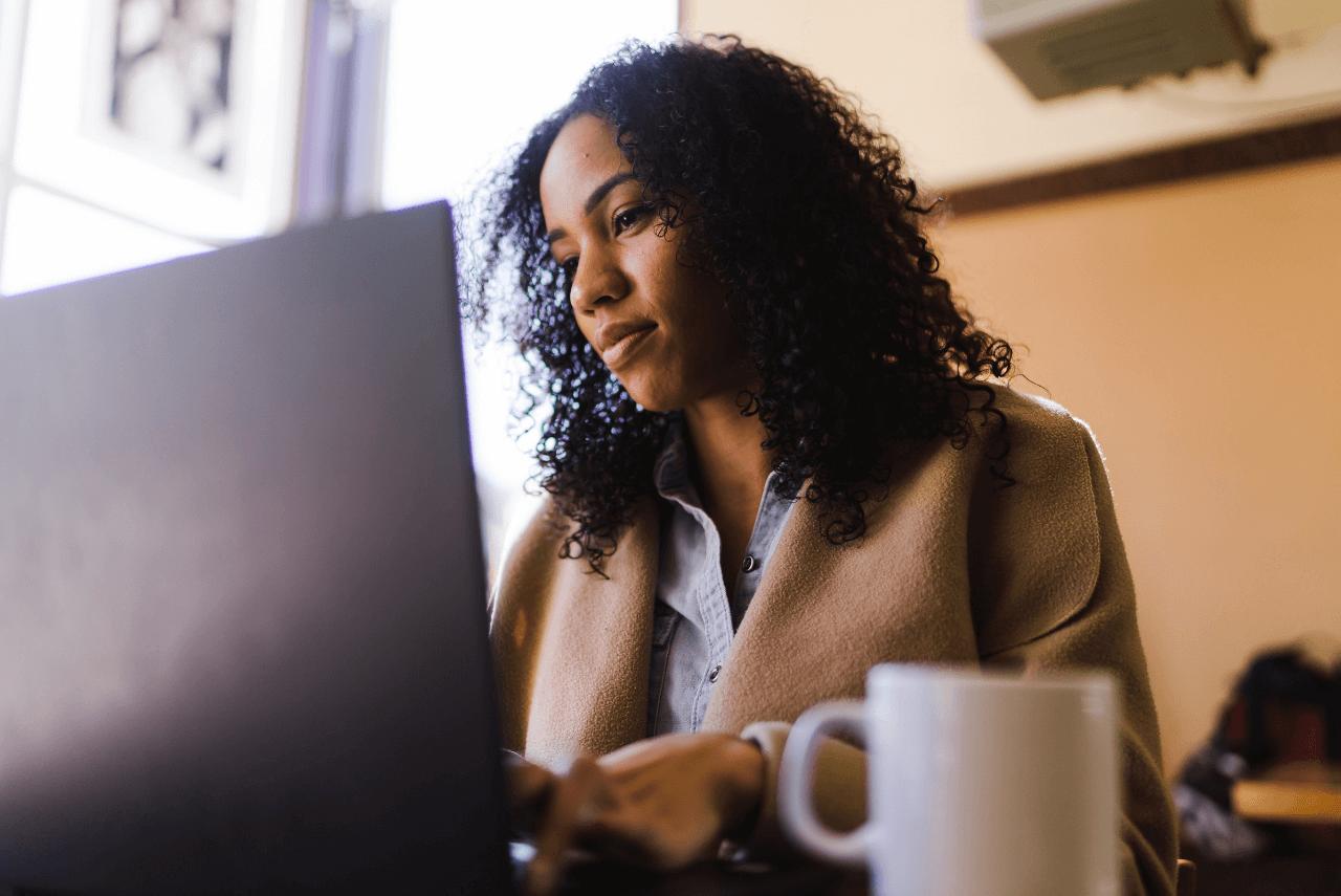 ¿Por qué más mujeres deberían aprender a programar?